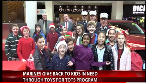 Stewart Students Help Marines host Toys-for-Tots Drive